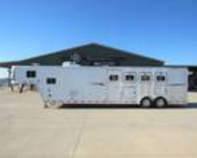 2001 Featherlite 4 Horse 15 Living Quarters Trailer