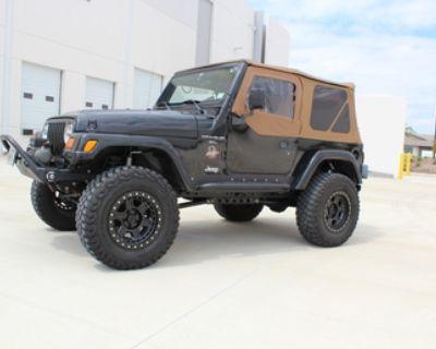 "2001 Jeep TJ - Long Arm, 2.5"" RR Shocks w/ Comp Adjusters, Nice Driver and wheeler"