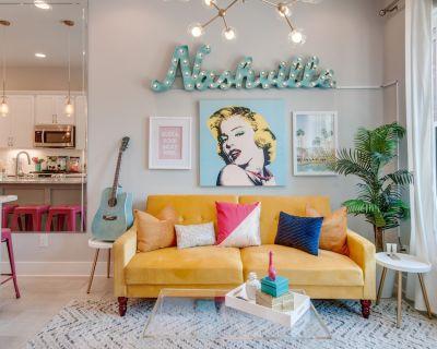 Retro & Stylish City Heights Dual-suite Townhome Loft & Walkable Locale - Hadley - Washington