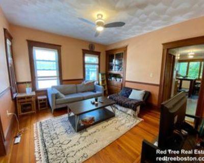82 Ossipee Rd #B, Medford, MA 02144 4 Bedroom Apartment