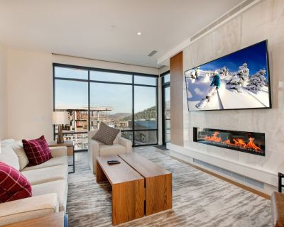 Ski-In, Ski-Out Penthouse at Lift   Private Terrace & Amazing Amenities - Park City