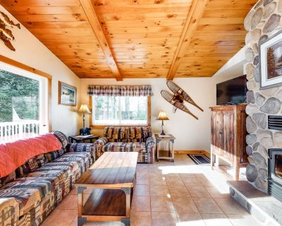 Beautiful home on High Lake w/private pier, large deck & canoes - Land O Lakes