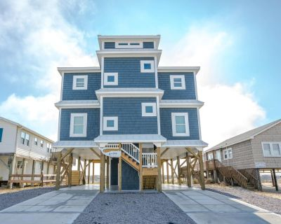 Amazing oceanfront property with an inverted and open floor plan - Long Beach