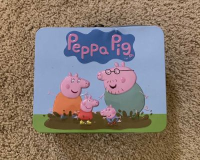 24 piece Peppa Pig puzzle with case