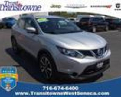 2017 Nissan Rogue Silver, 64K miles