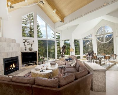 5 Bedrooms Home With Private Hot-Tub - Vail