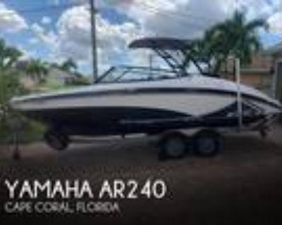 24 foot Yamaha AR240