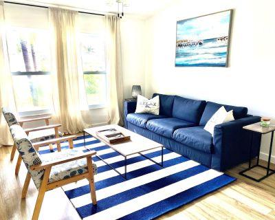 Modern Coastal Vacation Home 4 bed/2 bath-Entire House-5 min to the Beach - Pelican
