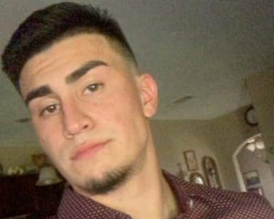 Jesse, 22 years, Male - Looking in: Denver CO