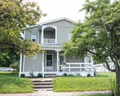 407 E Main St #A, Greenfield, IN 46140 1 Bedroom House