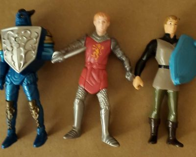 3 Medieval knight action figure toys