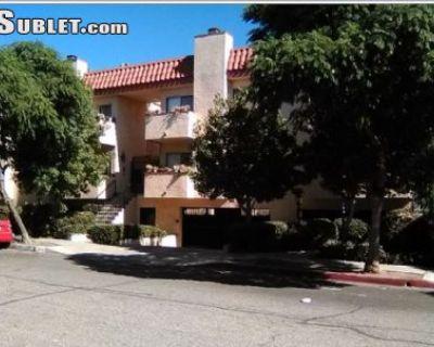 $1599 2 townhouse in Metro Los Angeles