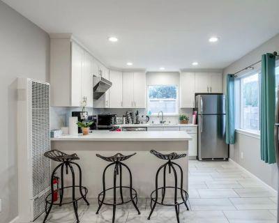 Pet Friendly, quiet, new guest house w yard - Santa Clara