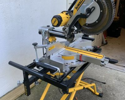 FS/FT Dewalt DWS780 Miter Saw with stand