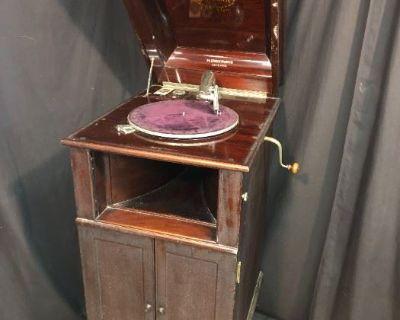 Bonus Antiques & Collectibles Auction