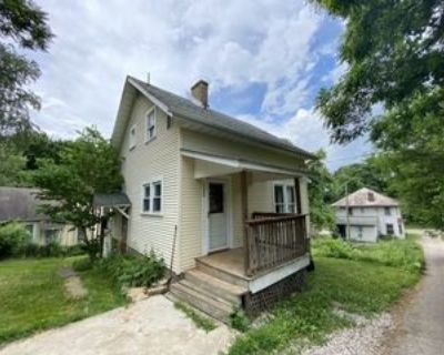 1186 Greenwood Ave, Zanesville, OH 43701 2 Bedroom House