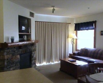 Rimfire Lodge -Deluxe 2 Bedroom in the Village - Snowshoe
