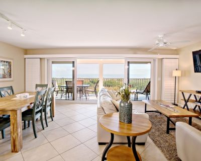 Gorgeous Gulf Front Townhome Overlooking the Gulf of Mexico - Sanibel