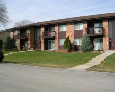 4025 South 65th Street, Greenfield, WI 53220 1 Bedroom Apartment