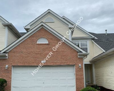 Come Rent This Beautiful 3 Bedroom Town House In West Chicago!