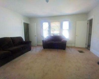 Main St #3, Medford, MA 02155 1 Bedroom Condo