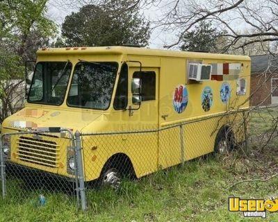 Vintage 1985 Chevrolet P30 14' Stepvan Ice Cream /  Food Truck