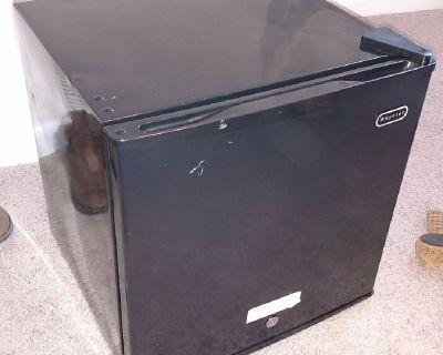 Mini freezer: Whynter CUF-110B new!