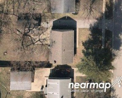 3 Bed 1.0 Bath Preforeclosure Property in Greenwood, IN 46143 - Southgate Dr