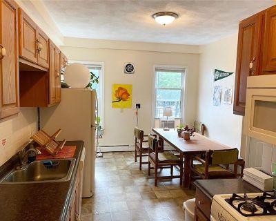 Sprawling 5-6 Bed Duplex in Cambridge! (MLS# 72849579) By Creative Boston Living
