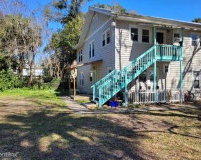 14 Davis St, St. Augustine, FL 32084 2 Bedroom Apartment