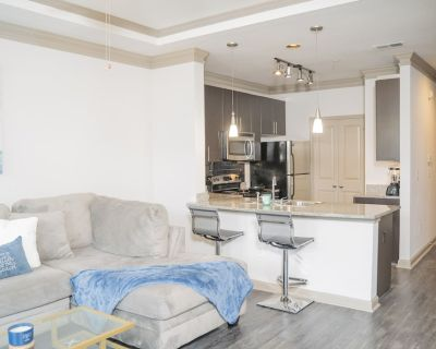 Luxurious Midtown/buckhead Getaway- With Balcony - Buckhead