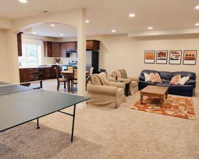 Family friendly home close to ski resorts, mountains, lakes, BYU, and UVU - Pleasant Grove