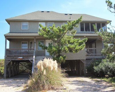 SA122, Outer Banks Station/ Oceanfront, 4 Bedrooms, 2.5 Bathrooms - Duck