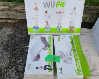 Yard Sale wii, grill, coffee maker and holder, crock pot