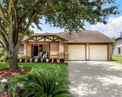 10822 W Mulberry Dr, La Porte, TX 77571 3 Bedroom Apartment