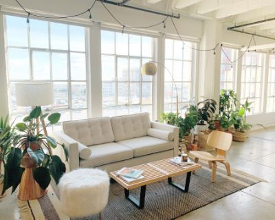 Downtown LA Photo Studio Loft with South East Facing Windows, Amazing Natural Light, Projector, Plants and Blackout Shades, Los Angeles, CA