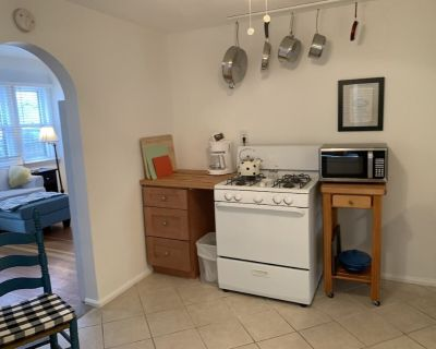 Charm and Comfort only 3 Blocks from Cheyenne Med Center & Downtown - Cheyenne