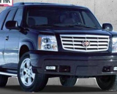 2005 Cadillac Escalade Standard
