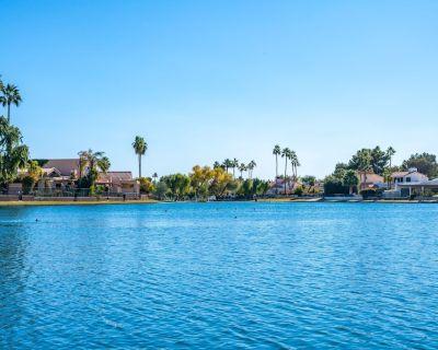 Gorgeous Views Lakefront, Lake Angela ,mccormick Ranch 3bd 2ba 3 bed 2 Bath - Heritage Village III