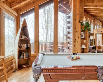 Pet-friendly cabin with hot tub, fireplace, and pool access - Pigeon Forge
