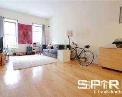 138 W 74th St #1A, New York, NY 10023 1 Bedroom House