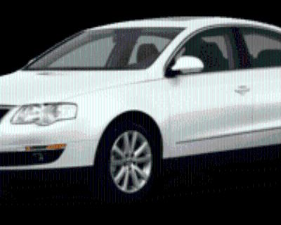 2010 Volkswagen Passat Komfort Sedan DSG