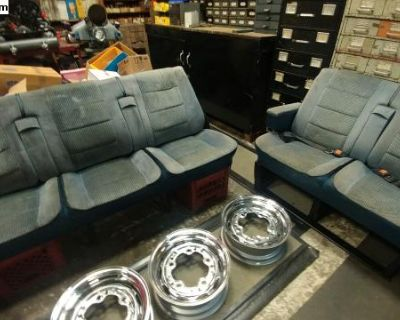Vanagon Seats (Middle and Rear)