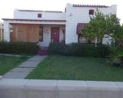 2336 N 11th St #A, Phoenix, AZ 85006 4 Bedroom House