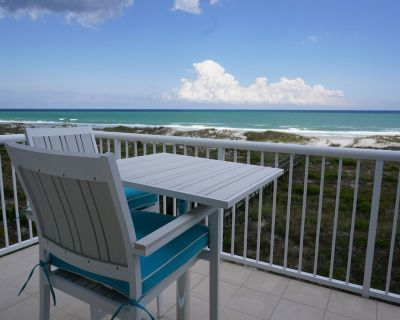Oceanfront escape! Spectacular ocean views, 2 pools, tennis & elevator! - Shell Island