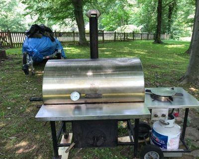 Pitts & Spitts 24 x 36 Smoker