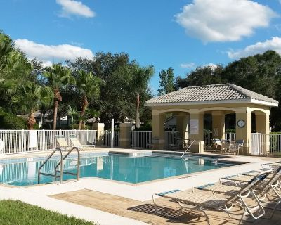 HOME .. *Near TWINS & RED SOX Stadiums* POOL ..GOLF.. World Famous BEACHES - Gateway
