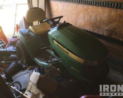 John Deere X500 Ride-On Mower