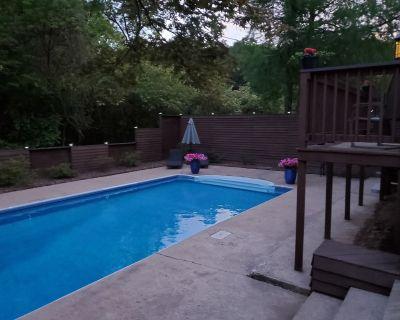 Luxury Spa Retreat - North Little Rock