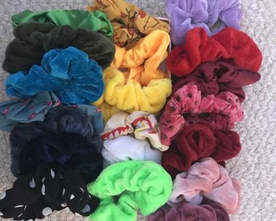 20 scrunchies.